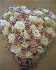 Luxurious heart of roses